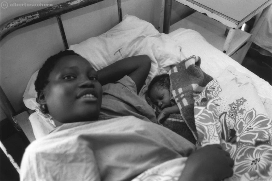 10.ospedale-kenya-mamma-e-figlia