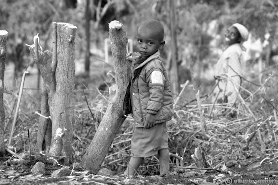 2.bimbo-e-madre-kenya