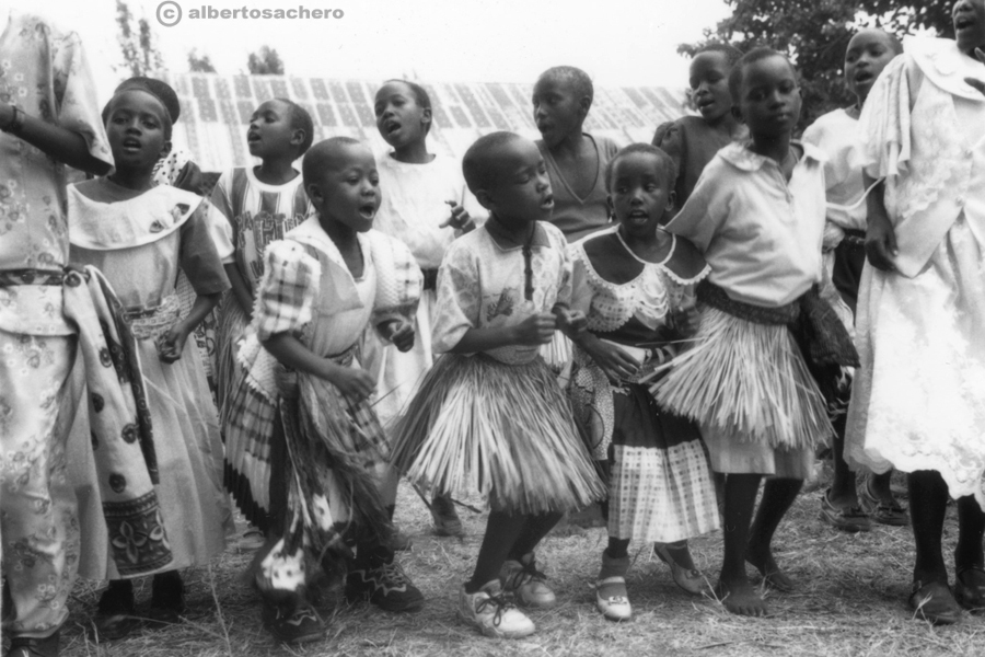 20.bimbe-kenya-danza